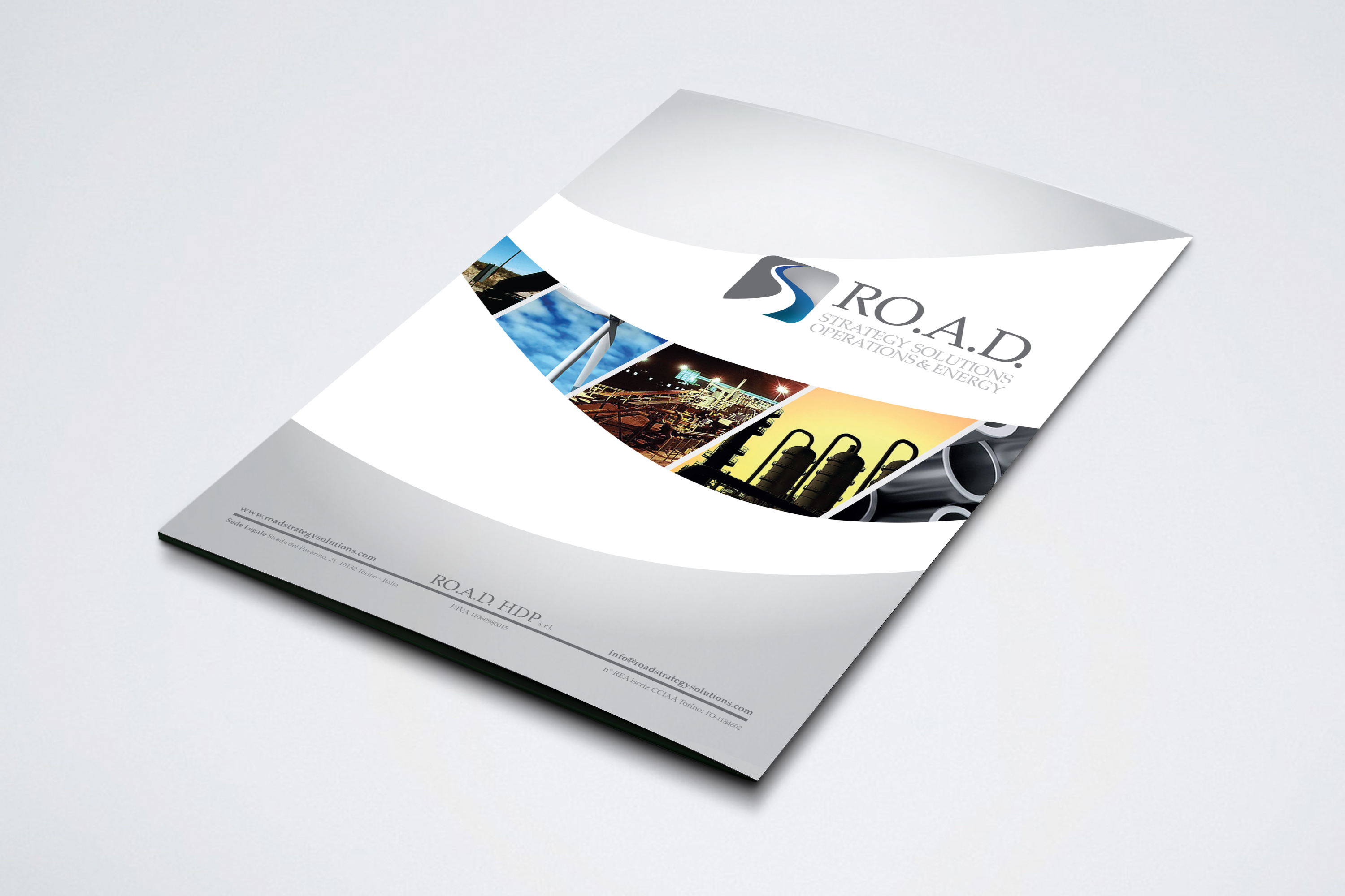 Brochure fronte Road Strategy Solutions realizzato da Alice Bottino Visual Designer